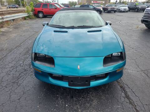 1994 Chevrolet Camaro for sale at Discovery Auto Sales in New Lenox IL