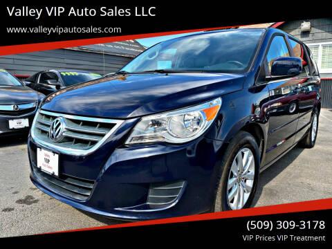 2014 Volkswagen Routan for sale at Valley VIP Auto Sales LLC in Spokane Valley WA