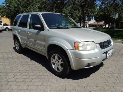2004 Ford Escape for sale at Family Truck and Auto.com in Oakdale CA