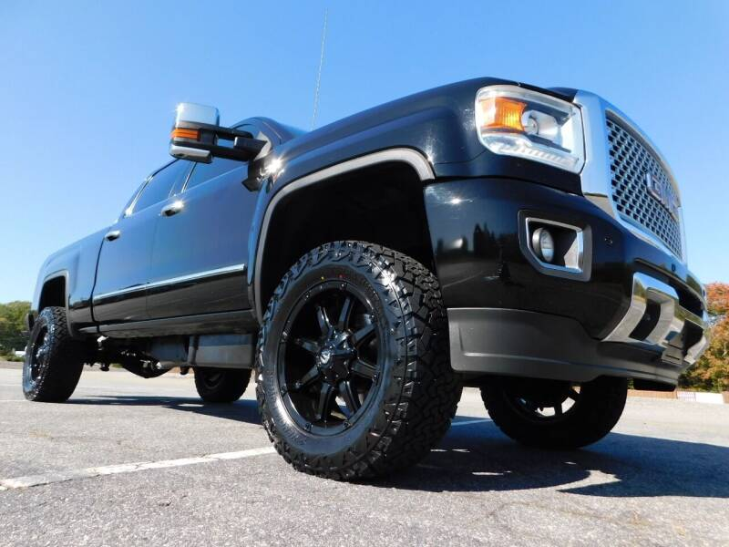 2015 GMC Sierra 2500HD for sale at Used Cars For Sale in Kernersville NC