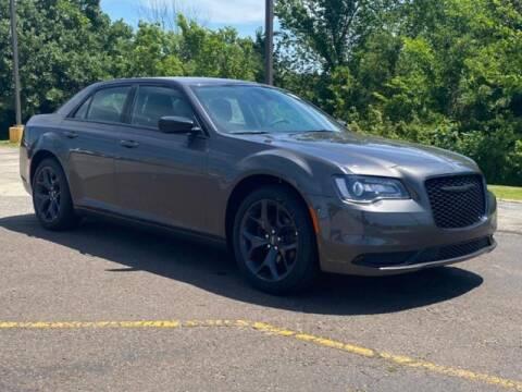 2021 Chrysler 300 for sale at Vance Fleet Services in Guthrie OK