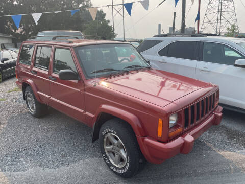1998 Jeep Cherokee for sale at Trocci's Auto Sales in West Pittsburg PA