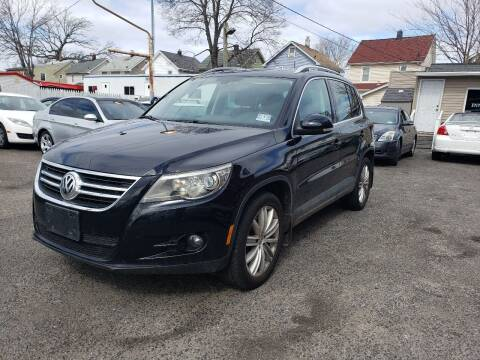 2010 Volkswagen Tiguan for sale at Innovative Auto Group in Little Ferry NJ