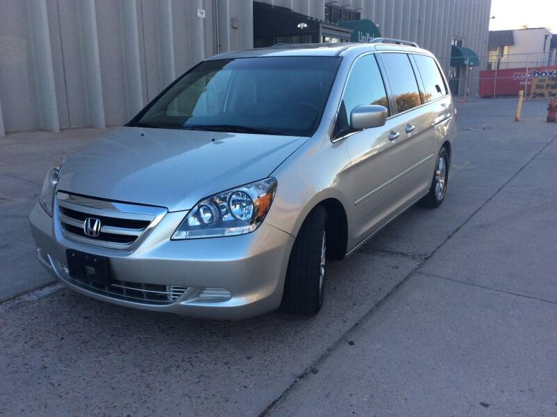 2007 Honda Odyssey for sale at AROUND THE WORLD AUTO SALES in Denver CO