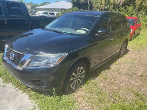 2014 Nissan Pathfinder for sale at Used Car Factory Sales & Service in Port Charlotte FL