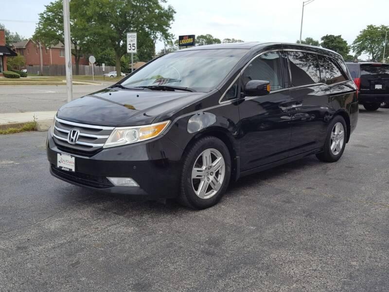 2011 Honda Odyssey for sale at AUTOSAVIN in Elmhurst IL