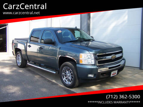 2011 Chevrolet Silverado 1500 for sale at CarzCentral in Estherville IA