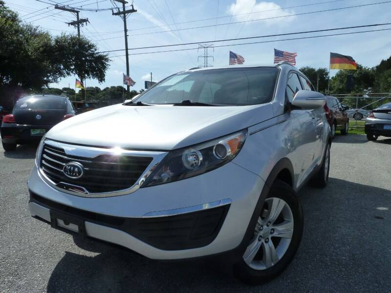 2011 Kia Sportage for sale at Das Autohaus Quality Used Cars in Clearwater FL