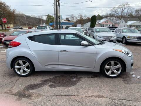 2013 Hyundai Veloster for sale at RIVERSIDE AUTO SALES in Sioux City IA