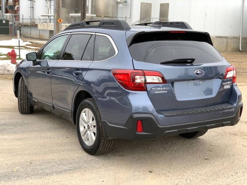 2018 Subaru Outback AWD 2.5i Premium 4dr Wagon - Farmington MN
