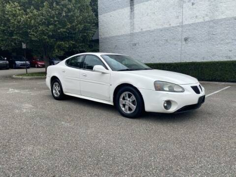 2007 Pontiac Grand Prix for sale at Select Auto in Smithtown NY
