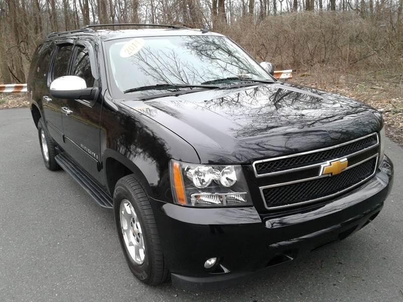 2014 Chevrolet Suburban for sale at ELIAS AUTO SALES in Allentown PA