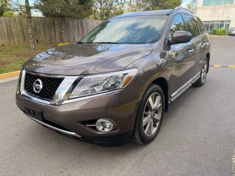 2015 Nissan Pathfinder for sale at Super Bee Auto in Chantilly VA