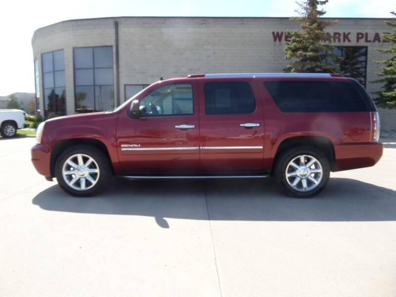 2010 GMC Yukon XL for sale at Elite Motors in Fargo ND