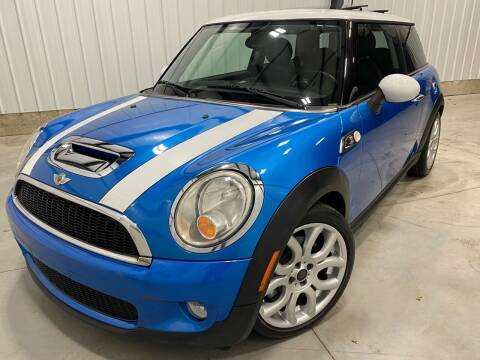 2009 MINI Cooper for sale at EUROPEAN AUTOHAUS in Holland MI