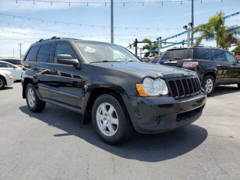 2009 Jeep Grand Cherokee for sale at Select Autos Inc in Fort Pierce FL