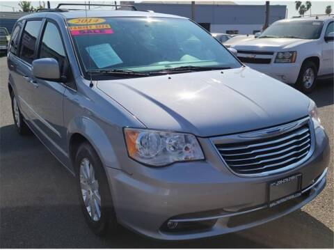 2014 Dodge Grand Caravan for sale at ATWATER AUTO WORLD in Atwater CA