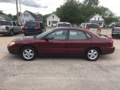 2007 Ford Taurus for sale at Velp Avenue Motors LLC in Green Bay WI
