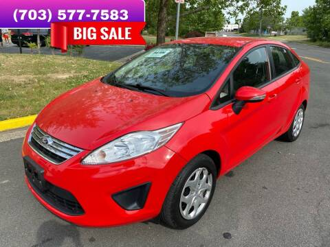 2013 Ford Fiesta for sale at Dreams Auto Group LLC in Sterling VA