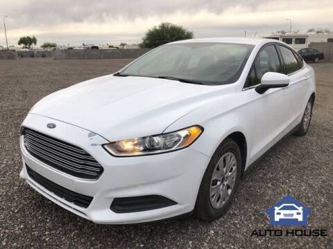 2014 Ford Fusion for sale at Auto House Phoenix in Peoria AZ