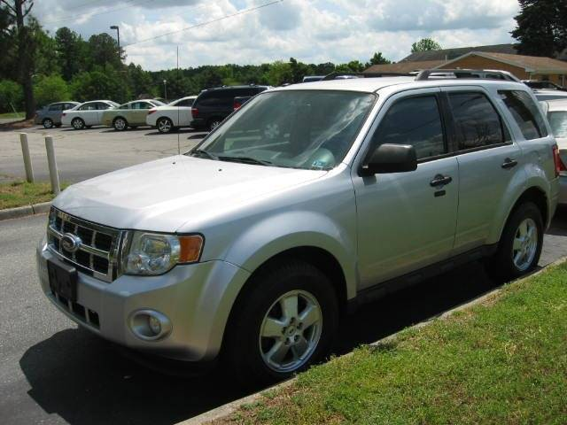 2011 Ford Escape for sale at HL McGeorge Auto Sales Inc in Tappahannock VA