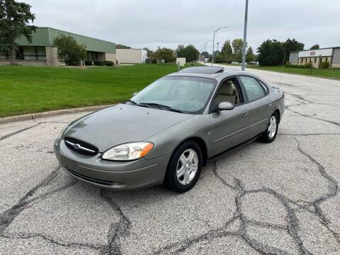 2001 Ford Taurus for sale at JE Autoworks LLC in Willoughby OH