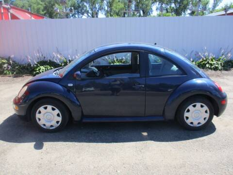 2001 Volkswagen New Beetle for sale at Chaddock Auto Sales in Rochester MN