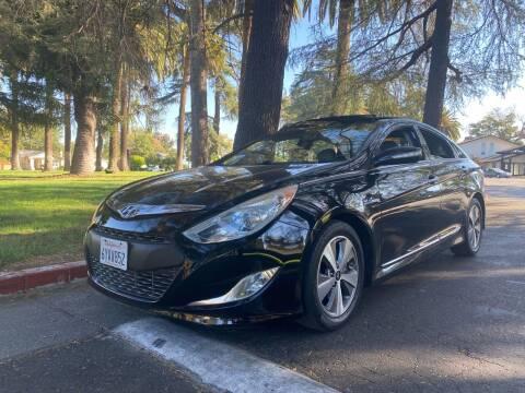2012 Hyundai Sonata Hybrid for sale at California Diversified Venture in Livermore CA