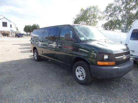 2010 Chevrolet Express Passenger for sale at AUTO FLEET REMARKETING, INC. in Van Alstyne TX
