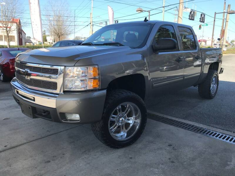 2009 Chevrolet Silverado 1500 for sale at Michael's Imports in Tallahassee FL