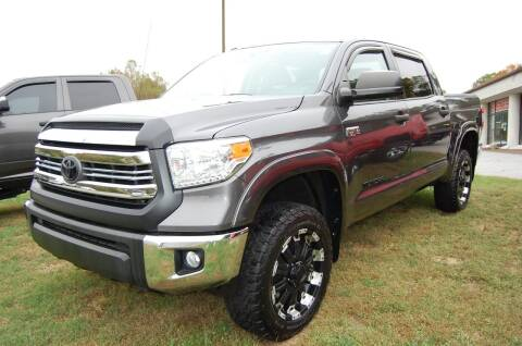 2015 Toyota Tundra for sale at Modern Motors - Thomasville INC in Thomasville NC