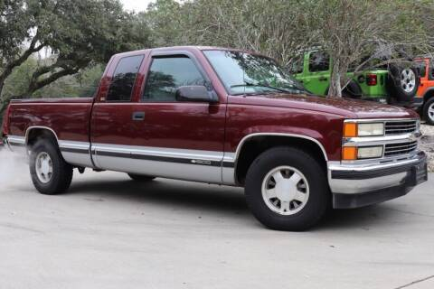 1997 Chevrolet C/K 1500 Series for sale at SELECT JEEPS INC in League City TX
