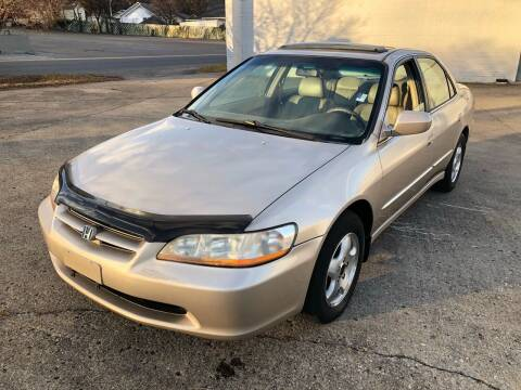 2000 Honda Accord for sale at Diana Rico LLC in Dalton GA