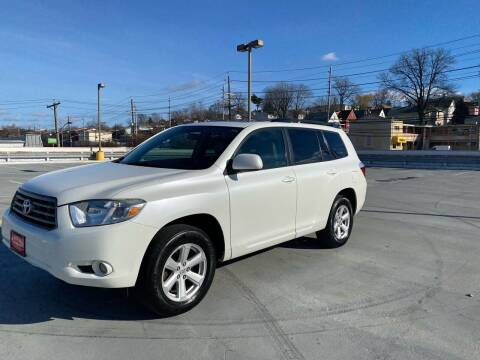 2010 Toyota Highlander for sale at JG Auto Sales in North Bergen NJ