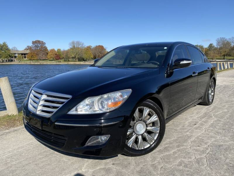 2009 Hyundai Genesis for sale at Bloomington Auto Sales in Bloomington IL