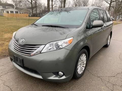 2011 Toyota Sienna for sale at Tiger Auto Sales in Columbus OH