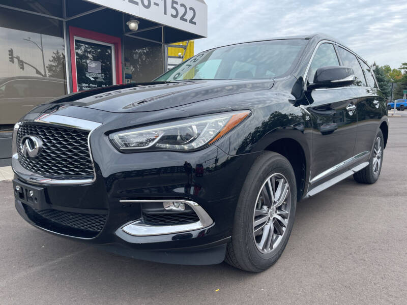 2017 Infiniti QX60 for sale at Mainstreet Motor Company in Hopkins MN