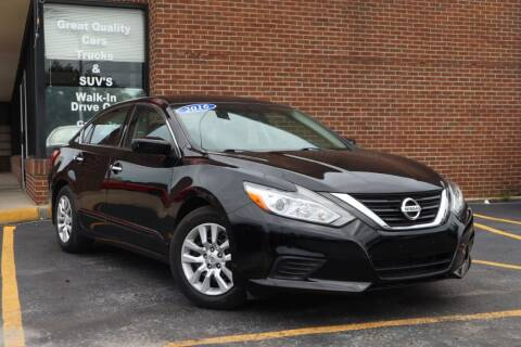 2016 Nissan Altima for sale at Hobart Auto Sales in Hobart IN