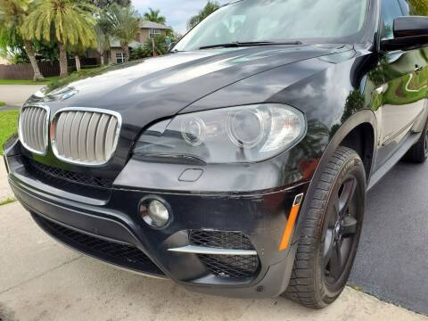 2011 BMW X5 for sale at M.D.V. INTERNATIONAL AUTO CORP in Fort Lauderdale FL