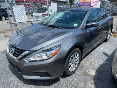 2017 Nissan Altima for sale at Dream Cars 4 U in Hollywood FL