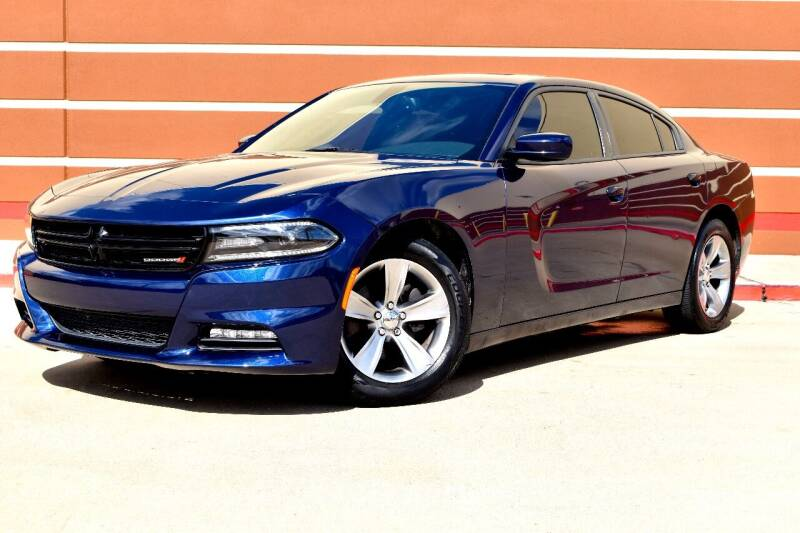 2015 Dodge Charger for sale at Auto Hunters in Houston TX