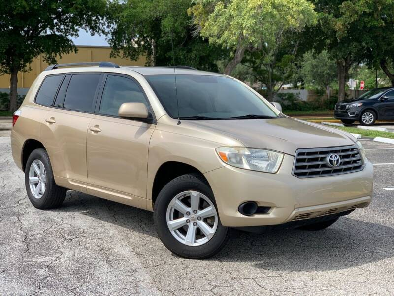 2008 Toyota Highlander for sale at Citywide Auto Group LLC in Pompano Beach FL