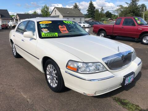 2006 Lincoln Town Car for sale at Freeborn Motors in Lafayette, OR