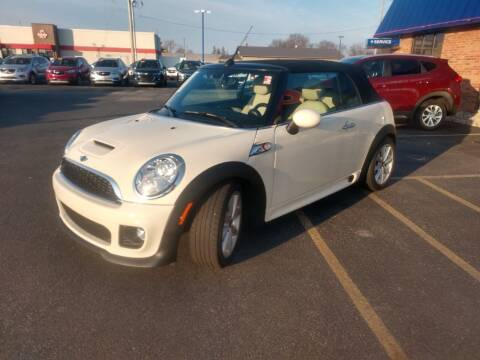 2015 MINI Convertible for sale at CITY SELECT MOTORS in Galesburg IL