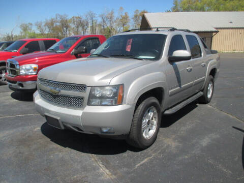 2009 Chevrolet Avalanche for sale at Economy Motors in Racine WI