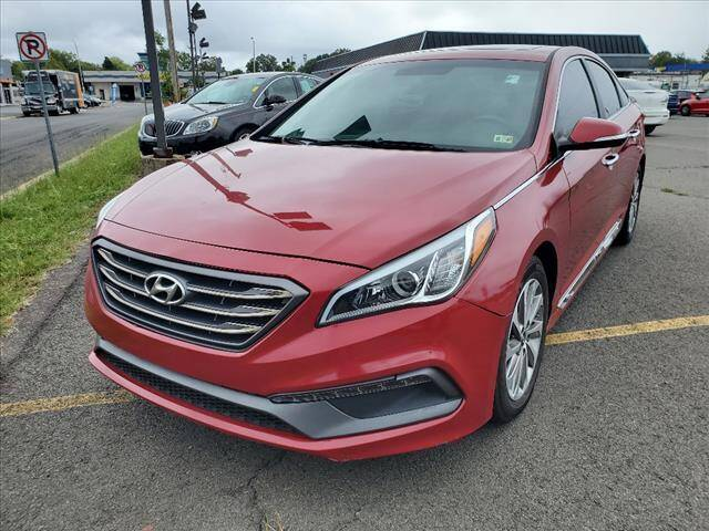 2017 Hyundai Sonata for sale at Auto Connection in Manassas VA