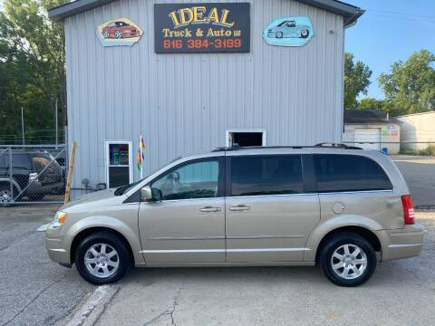 2009 Chrysler Town and Country for sale at IDEAL TRUCK & AUTO LLC in Coopersville MI