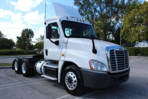 2016 Freightliner Cascadia for sale at Truck and Van Outlet in Miami FL