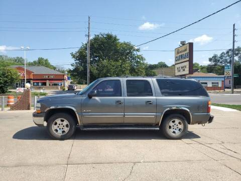 2000 Chevrolet Suburban for sale at RIVERSIDE AUTO SALES in Sioux City IA