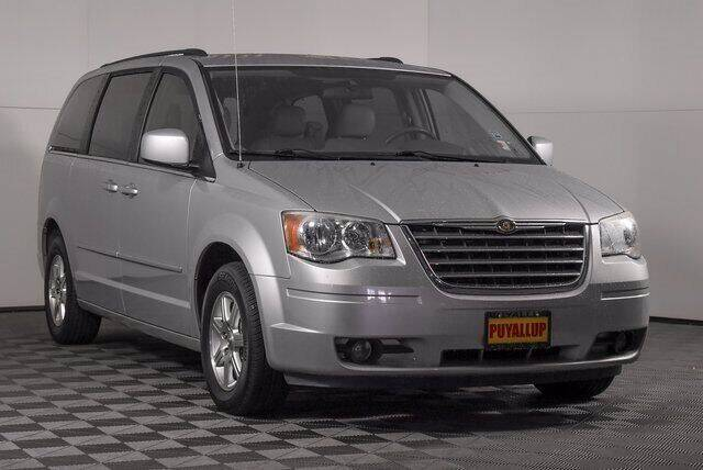 2008 Chrysler Town and Country for sale at Washington Auto Credit in Puyallup WA